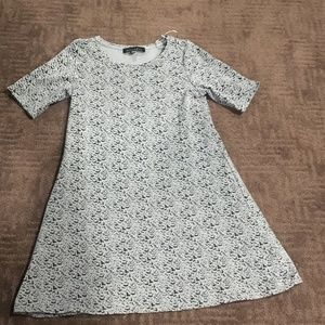 Dresses & Skirts - BLACK AND GRAY PATTERNED DRESS